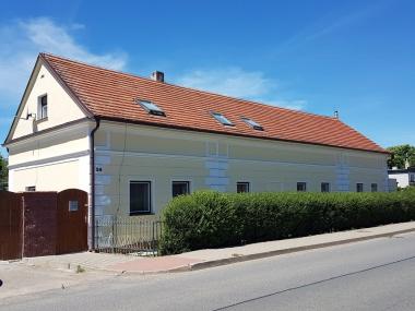 Zlatníky - Fasáda 400 m2